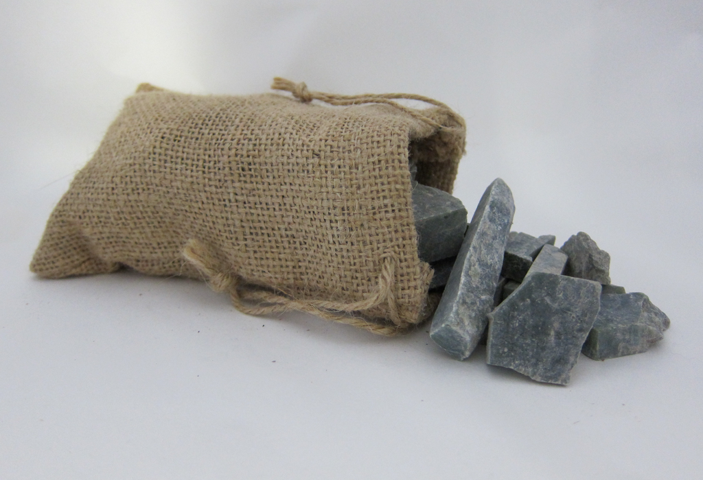 BAG OF RAW JADE SAMPLES