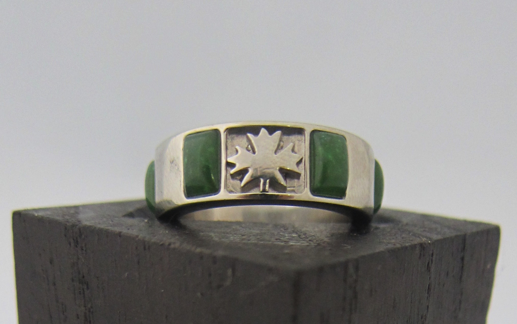 JADE AND MAPLE LEAF RING