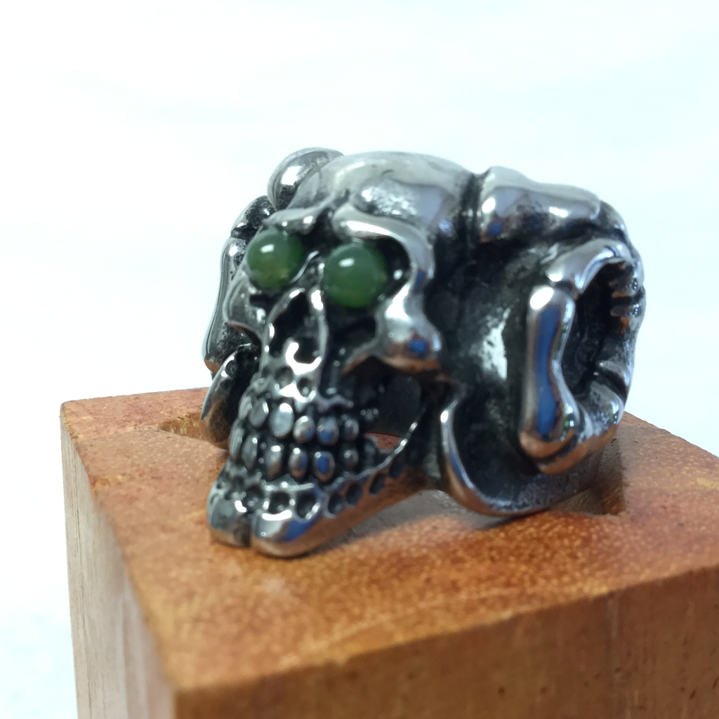 RAM HORNS SKULL RING
