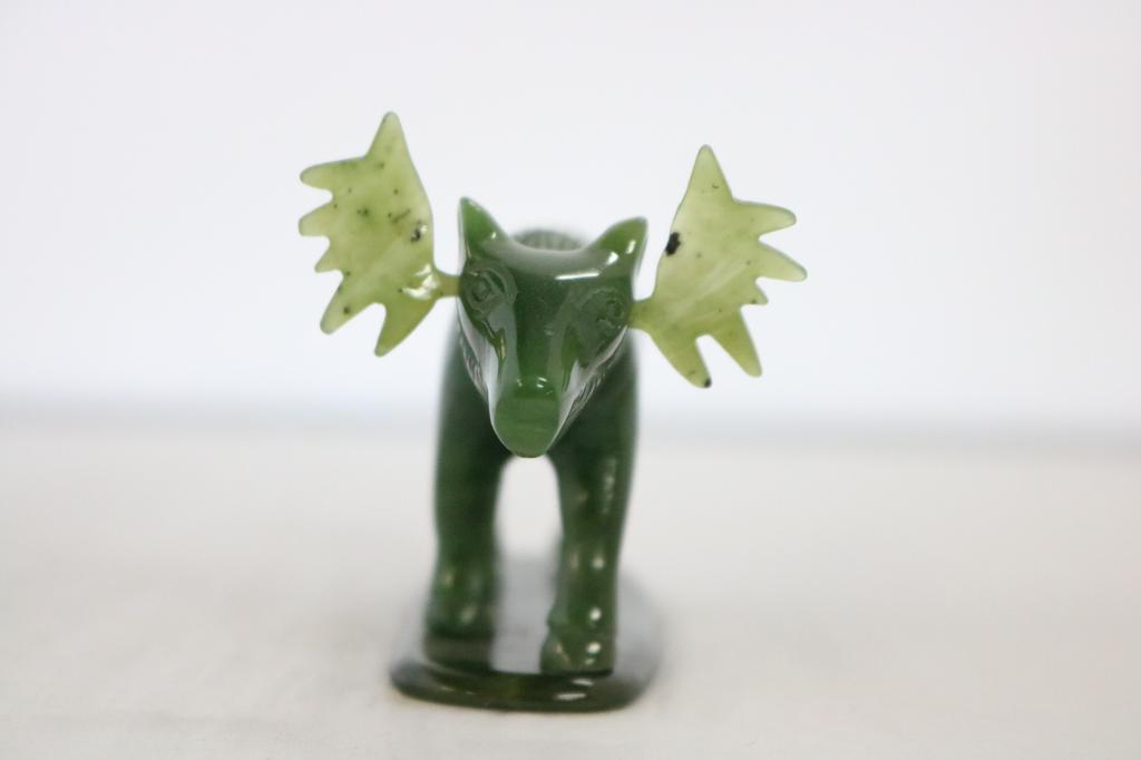 JADE MOOSE CARVING