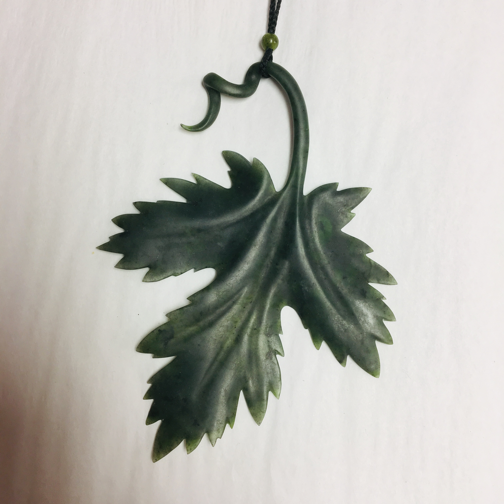 JADE MAPLE LEAF NECKLACE