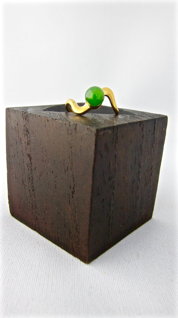 JADE BALL AND SQUIGGLE RING