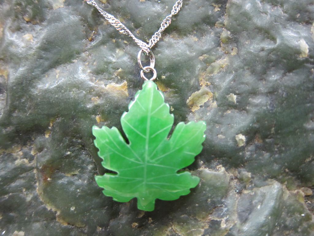 maple necklace pendant pendent pewter leaf amos