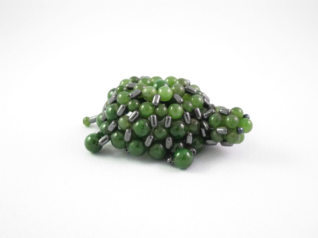 JADE TURTLE, BEADED