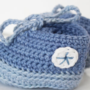 handknit baby booties - blue