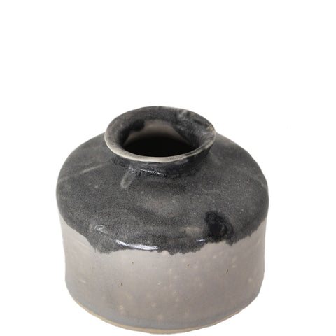 ceramic pot ideal for room fragrance perfume or flowers