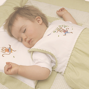 Baby sleeping in Gordonsbury sleepsack