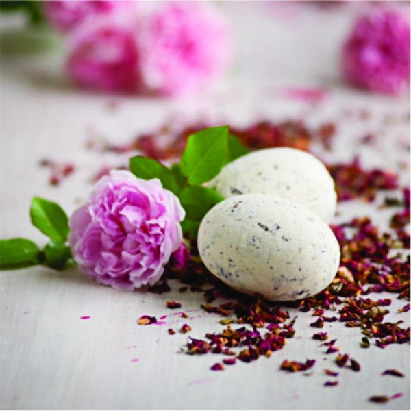 bath bomb with shea butter with rose fragrance