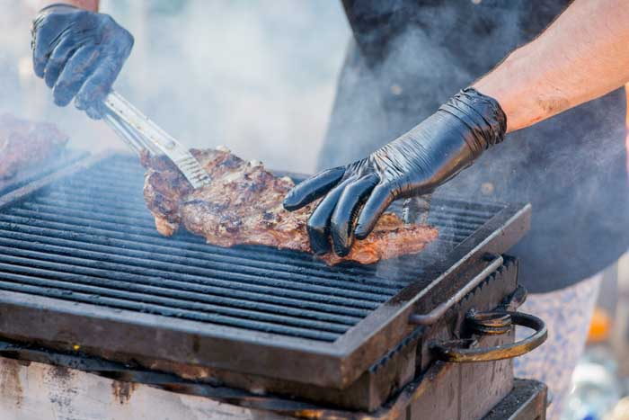 10 Best BBQ Gloves Reviewed: A Buyer's Guide in 2021 - Grill Armor Gloves