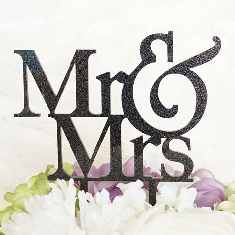"""Mr & Mrs"" Silhouette Wedding Cake Topper Pick"