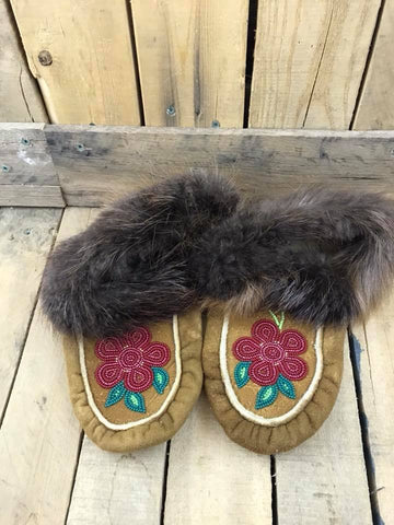 Moose Hide Beaver Cuff Slipper with Dark Red Beaded Flower