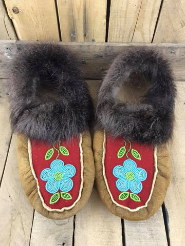 MooseHide Moccasins 2 Tone Blue Flower with Beaver Fur