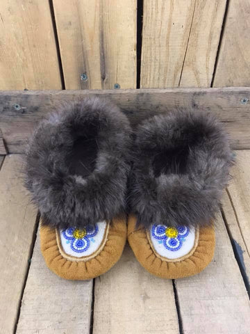 Caribou Hide Moccasins Blue/White/Yellow