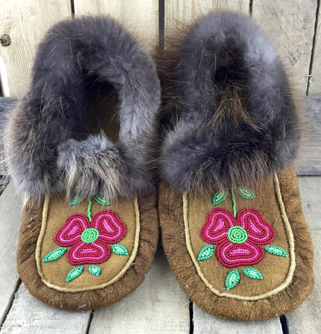 Red Beaded Flowers on Hand Tanned Moose Hide Slippers with Beaver Fur