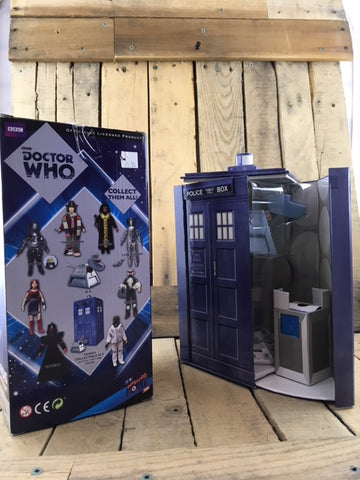 Doctor Who Collectible Set - Police Set with K-9
