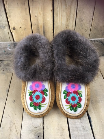 Moosehide Moccasins with Beaver Fur Cuff and 2 Flowers - Red/Teal - Purple/Pink