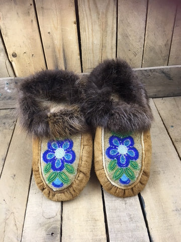 Moosehide Moccasins with Beaver Fur Cuff and 3 Tone Blue Flower
