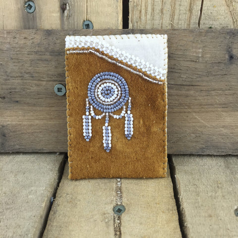 Silver and White Beaded Moose Hide Debit/Credit Cardholder