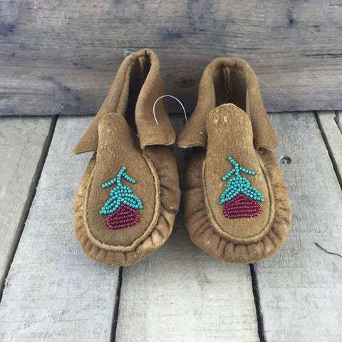 Red Beaded Flower on Moose Hide Slippers
