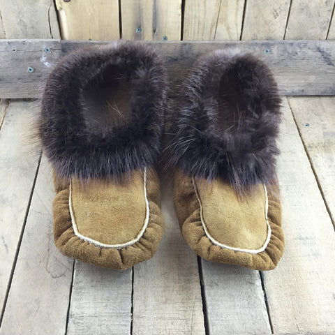Moose Hide Slippers With Beaver Fur
