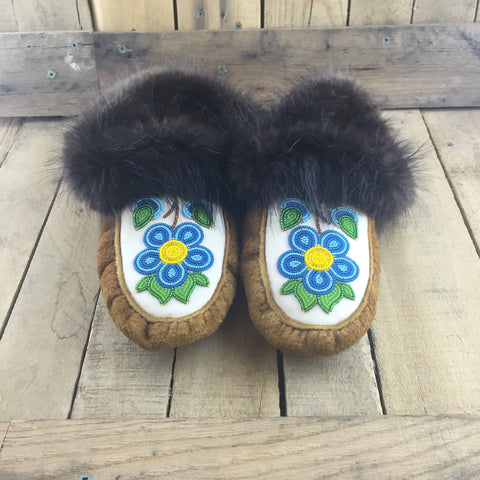 Moose Hide Slippers With Beaver Fur And A Blue Beaded Flower