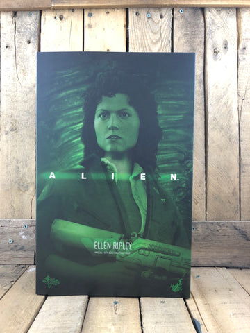Alien: Ellen Ripley 6th Scale Collectible Figure