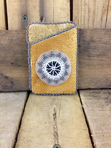 Silver Design Beaded Moose Hide Cardholder
