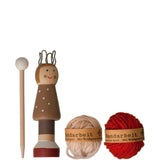 Knitting Dolls: Sammy - Luxe Gifts™  - 1