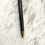 Jot it down: Natural Goose Feather Quill Pen - Luxe Gifts™  - 4