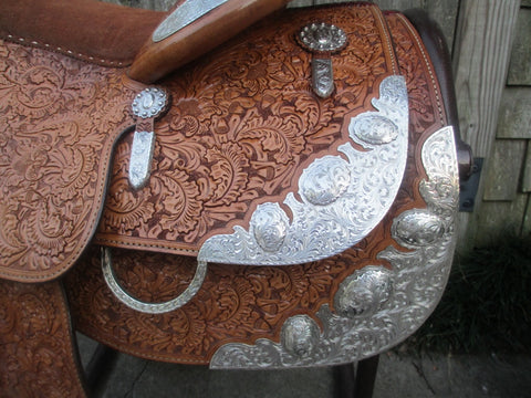 Blue Ribbon Show Saddle With Silver Horn