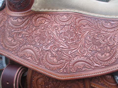 Bob's Reining Show Saddle With Silver Horn