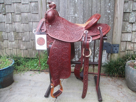 Used McCall Light Will James Roping Saddle