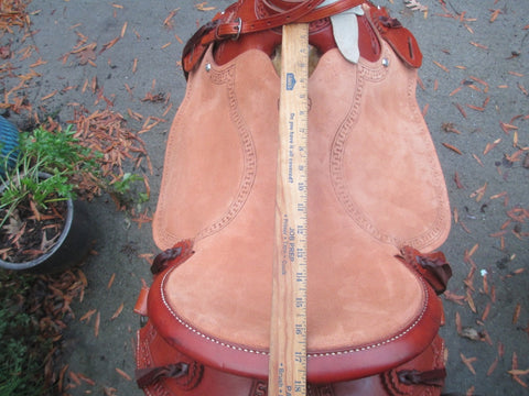 McCall Lightweight Wade Trail Roping Saddle