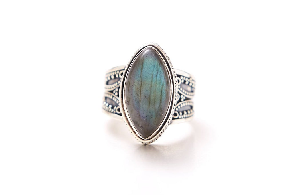 Stree Ring - Marquee Labradorite