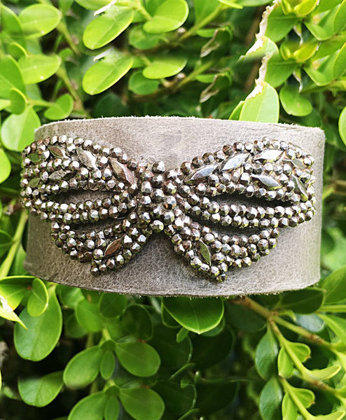 Vintage Bow cuff - LoveCrazy Designs