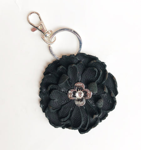 Flower keychain - LoveCrazy Designs