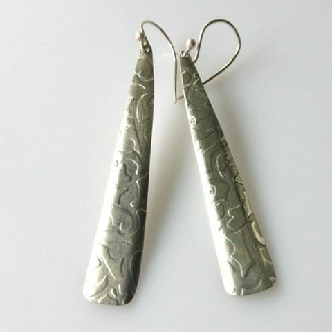 Kowhaiwhai silver long pattern earrings