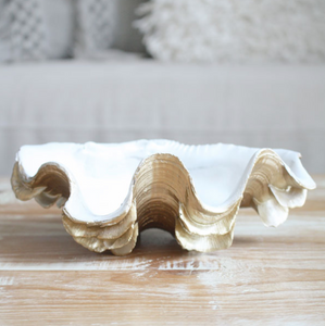 Gold and white coastal decor clam shell bowl / tray - S