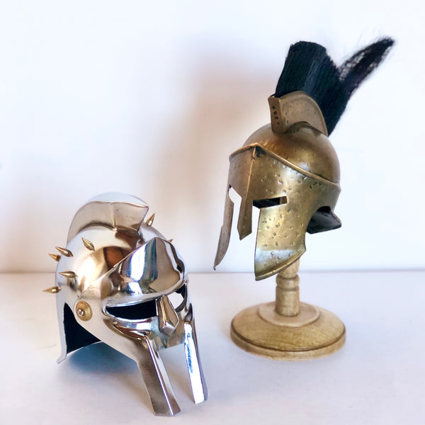 Vintage antique warrior helmet statue - Gladiator or Spartan king