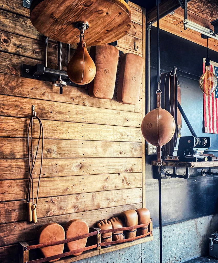 Vintage Leather Boxing Gear RETRO Style equipment