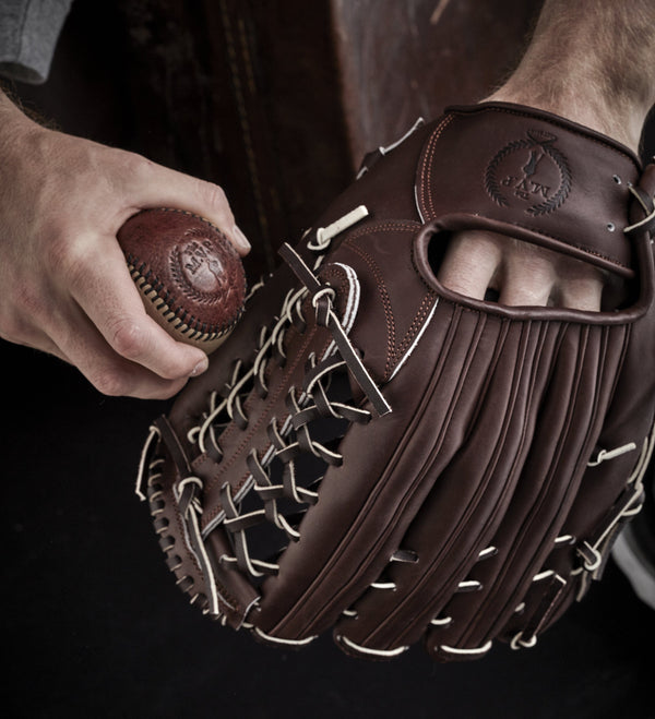 PRO Heritage Brown Leather Baseball Glove, Outfield