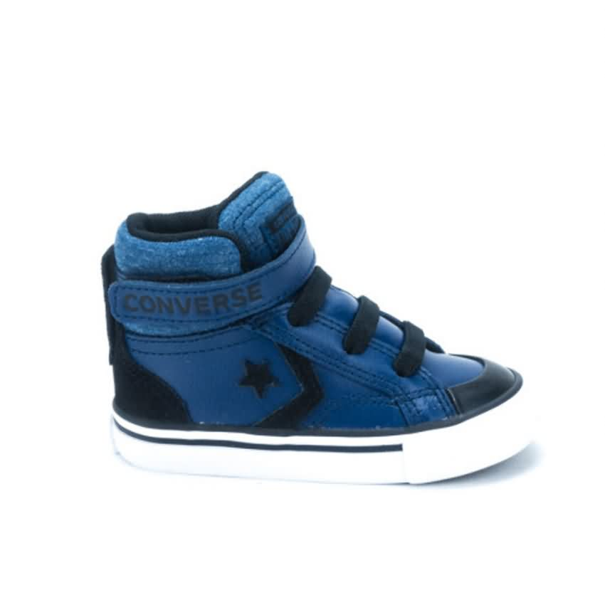 819b4f2bc Converse Kids  Lifestyle Pro Blaze Strap Leather Shoes ...