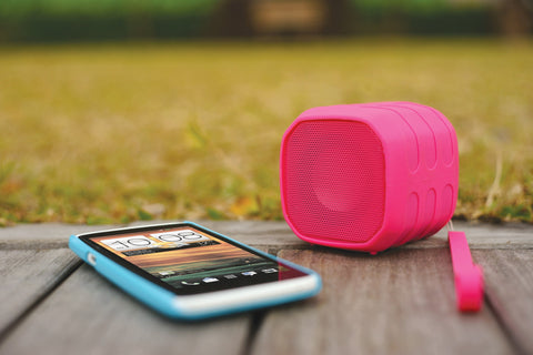 YE!! BTS710 SPLASHPROOF BLUETOOTH WIRELESS SPEAKER - GadgitechStore.com Lebanon - 2