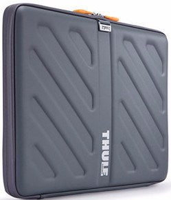 "THULE Gauntlet case for 15"" MacBook Pro - GadgitechStore.com Lebanon - 2"