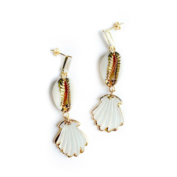Seashell Earrings - Chainless Brain