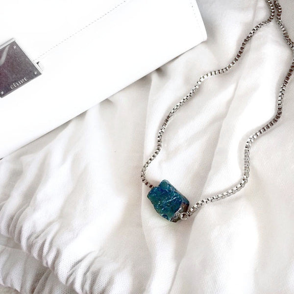 Aura Quartz Necklace - Chainless Brain