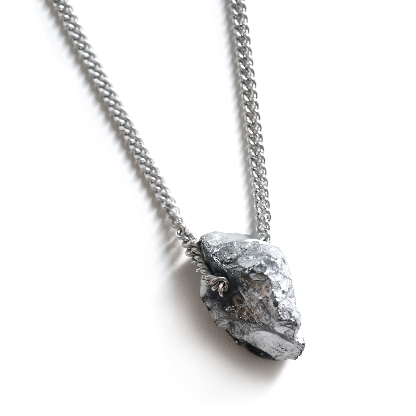 Silver Titanium Quartz Necklace - Chainless Brain