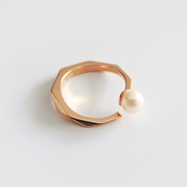 Pearl Facet Ring (Rose Gold) - Chainless Brain - 1