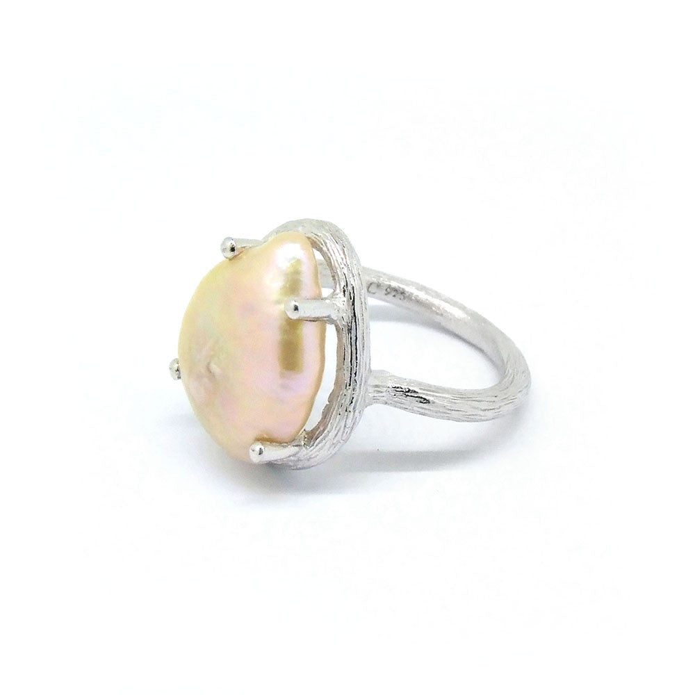 Pearl Ring (Silver) - Chainless Brain
