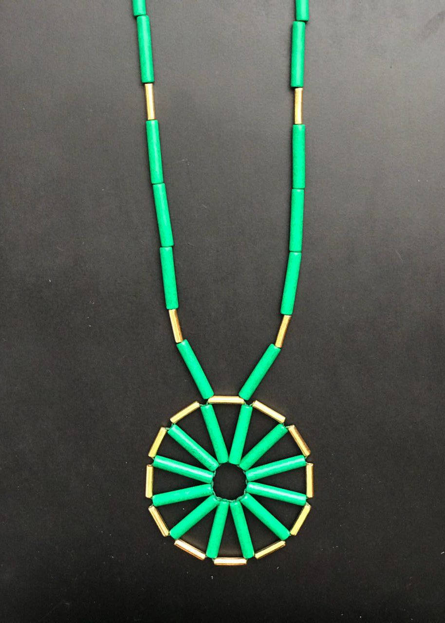 DAY-O LONG GREEN NECKLACE